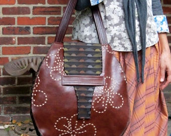 Brown Tote with contrasting lining