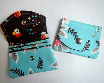 Wallet with three pockets for credit cards and change purse-floral pattern