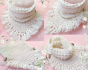 Triangle scarf crochet pattern! Scarf crochet pattern. One size for all (child, teen and adult). Pattern No. 174