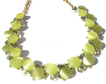 "Vintage Jewelry Necklace With Bright Green Lemon Lime Lucite Disks on Gold Tone Brass - Adjustable to 16"" Inches"