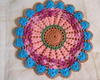 VIBRANT POTHOLDER, Wheel & Spoke Crochet Design Pink Purple Brown Teal Scallop Points Thick Table Hotpad, 1940 Vintage Textured Kitchen Wall
