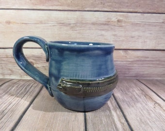 Blue zipper mug