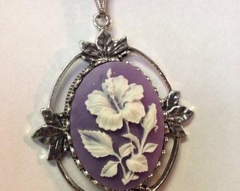 Purple Flower Cameo necklace // Purple flower // Flower cameo // Flower necklace