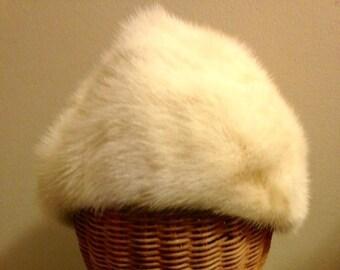 Vintage Mink Hat - Mr. D White Mink Hat - Pill Box Hat - Winter Hat