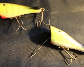 Scout Fishing Lure- Vintage Bright Green and Black Popper Scout Fishing Lure