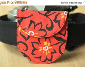 FINAL CLEARANCE Camera Lens Cap Pocket - holds up to 67mm - Red with Wild Flowers - Ready to Ship