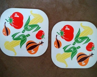 "Retro ""vegetable"" hot plates"