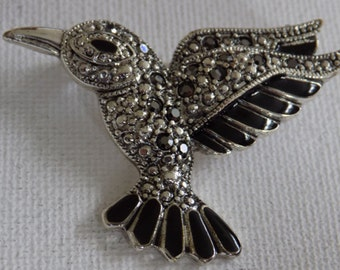 Vintage brooch, bird brooch, faux marcasite and black enamel flying bird brooch, figural brooch, vintage jewelry