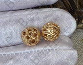2 pcs 24K Gold Plated Brass Hollow flower ball Charm Pendant Spacer,Charms Jewelry Findings,metal brass spacers finding beads