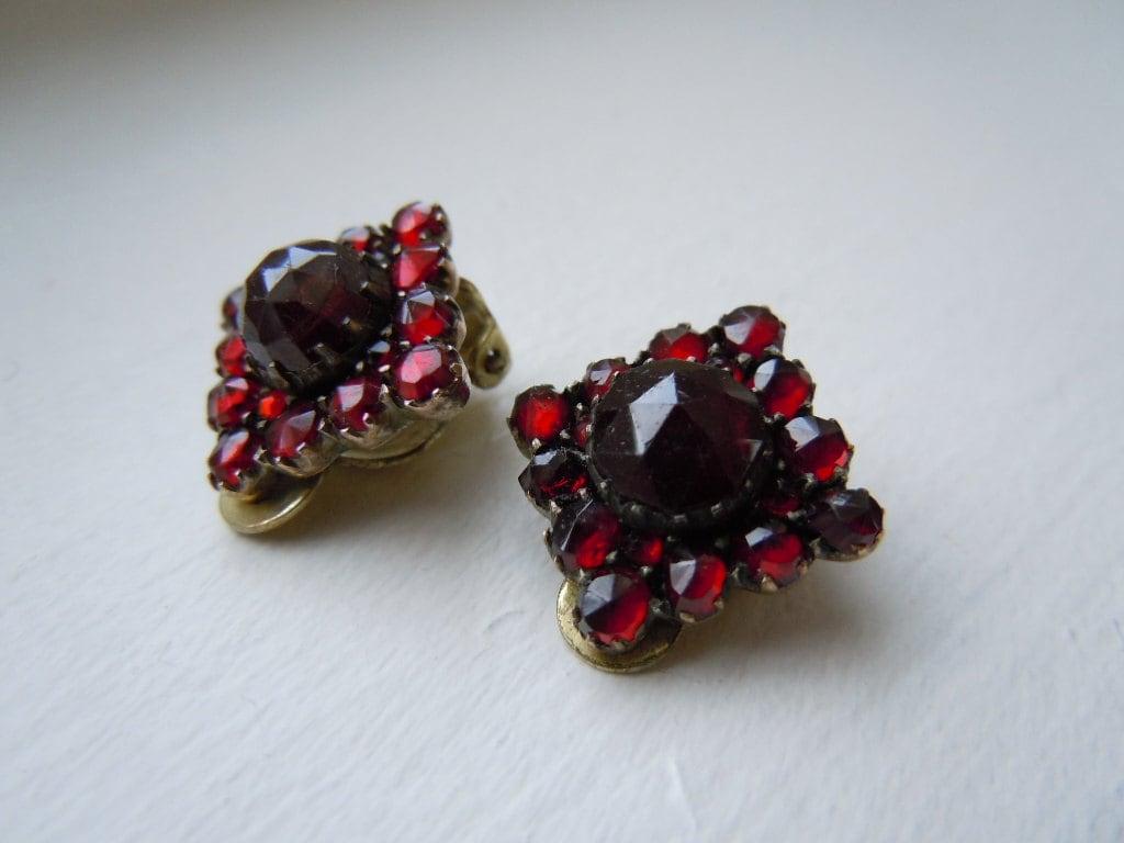 Sale Antique Victorian Silver Bohemian Garnet Earrings