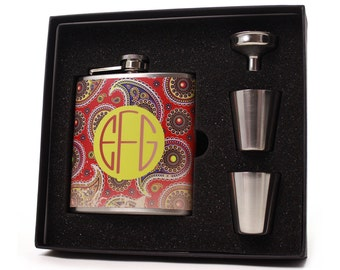 Gifts for Women // Monogrammed Flask Gift Set // Distressed Paisley Design