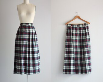 1970s Plaid Skirt . Fall Fashion Midi Skirt . School Girl Plaid