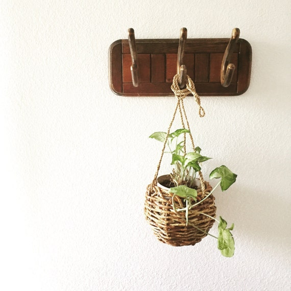 vintage wooden wall coat rack / hanger / hooks