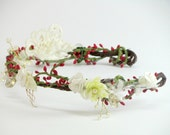 Woodland flower crown with red berries, bridal wreath, bridal floral crown,flower wreath headband, bridal flower crown, winter wedding crown