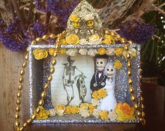 Day of the Dead Wedding /Nicho/Shrine/Cake Topper/Altar Piece