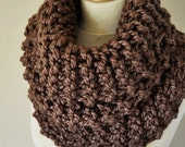 Outlander Inspired Cowl - Claire's Cowl - Outlander Knit - Brown Knit Neckwarmer - Chunky Knitted Cowl - Outlander Cowl - Women's Knitwear