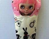 Blythe Doll Hammock - Alice in Wonderland