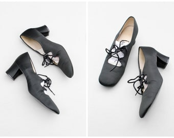 1950s black silk lace up oxford heels / vintage 50s Adolfo heels - 60s mid heel lace up pumps / 60s low heels - ladies 7A