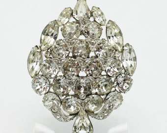 Eisenberg Ice Outstanding Sparkling Clear Brooch