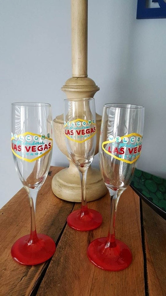 Welcome to Las Vegas champagne flutes Bachelorette party Girls Vacation, Vegas Vacation