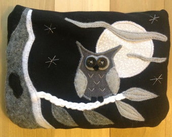 Black N White Owl, Large Pouch *NEW*