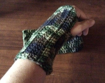 Camo Crochet Fingerless Glove Wrist Warmers
