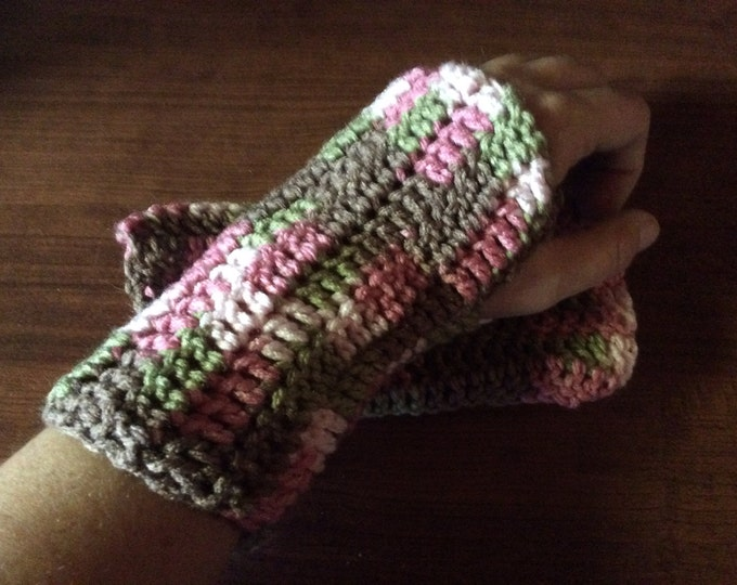 Pink Camo Crochet Fingerless Glove Wrist Warmers