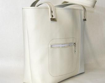 Vegan Carry All Tote Bag Lottie. Purse, Shoulder bag in Cream and White. Large vegan tote. Commuter Bag.