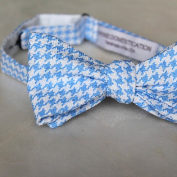 Light Blue Hounstooth Bowtie - Self tying - freestyle - Groomsmen gift and ring bearer outfit