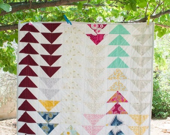 Colorful Flying Geese Quilt - Lap Quilt - Baby Quilt - Throw Quilt