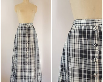 Vintage 1950s Taffeta Skirt / Black and White Plaid / Long Skirt / Medium Large