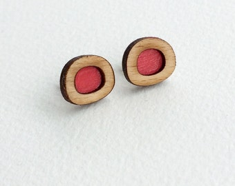 Red wooden circle stud earrings