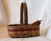 Bread Basket w/ solid oak handle with red