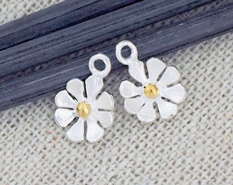 2 of 925 Sterling Silver Flower Charms, Gold plated pollen 7mm. :th2455