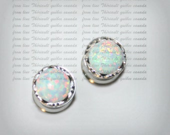 Ear Plugs-Stainless steel gauges -Double Flared-Single Flared-Screw-on-Ear Gauge- Glass opal (bc)
