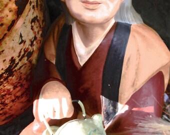 Vintage Hakata Dolly.  Hakata Woman Serving Tea.  G-133