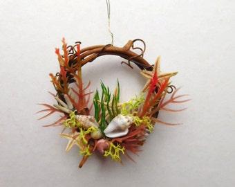 Seashore Miniature Wreath with Shells, Starfish and Seagrasses