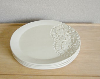 white and lace plate set