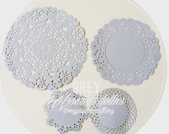 Grey color assorted paper doilies for wedding decoration/ pack