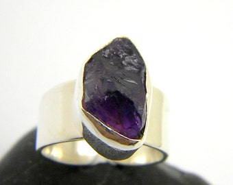Amethyst ring sterling silver, raw stone adjustment ring, rough amethyst open ring raw stone gemstone ring size 6.5- 8, February birthstone