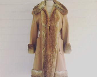 Vintage Tan Wool Coat with Fur Collar, Cuffs, Front and Bottom Seams