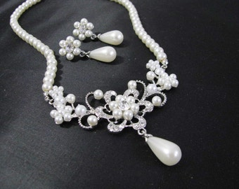 bridesmaid necklace, wedding jewelry, bridesmaid gift, wedding necklace, bridesmaid jewelry, pearl necklace, bridal necklace, pearl jewelry