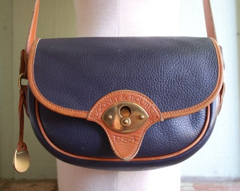 Vintage Dooney and Bourke USA All Weather Leather Navy Blue Shoulder Bag Handbag Purse Boho Hippie Spring Fashion Hipster Preppy Hobo Bag