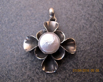 Coin Pearl Sterling Silver Pendant
