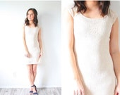 30% OFF out of town SALE Vintage crochet knit lace cream body con dress // mini lace dress // short sleeve cream dress // modest dress // cr