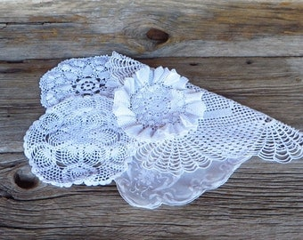 Crocheted Doilies 5 White Cotton Hand Made Doilies Cottage Chic Floral Embroidery Doily 1940s 1950s Home Decor