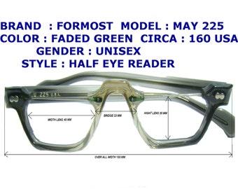 reader eyeglasses / half eyes reader / older reader eyeglasses / vintage reader eyeglasses