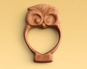 Wooden baby rattle Owl by CZARTOY