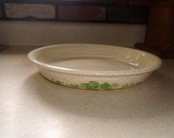 vintage homer laughlin oven serve green embossed floral pie plate