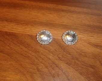 vintage clip on earrings silvertone circle braided chain